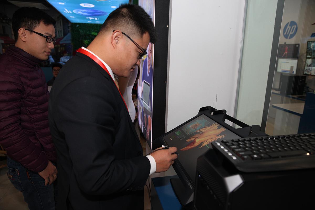 Có gì hay tại sự kiện khai trương SMB Solution Cafe - trải nghiệm công nghệ HP và HPE vừa diễn ra tại Hà Nội?
